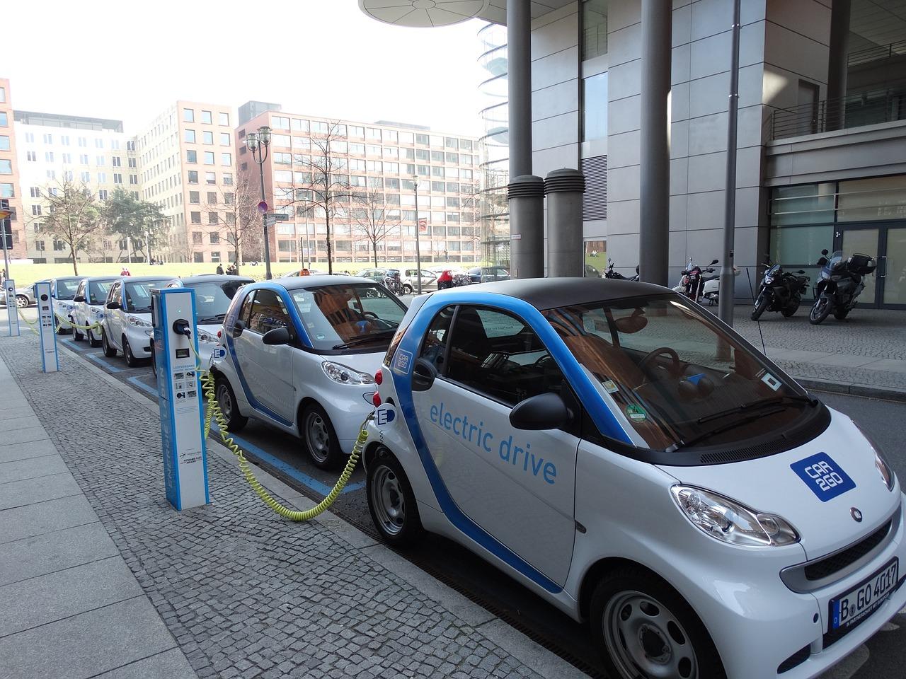 Parkující elektromobily