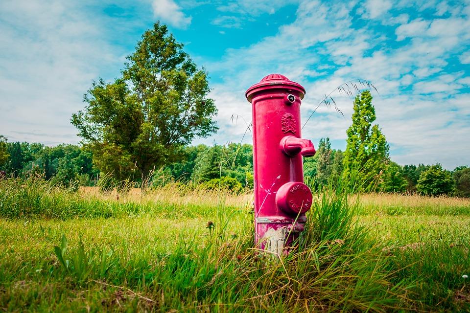 hydrant s vodou