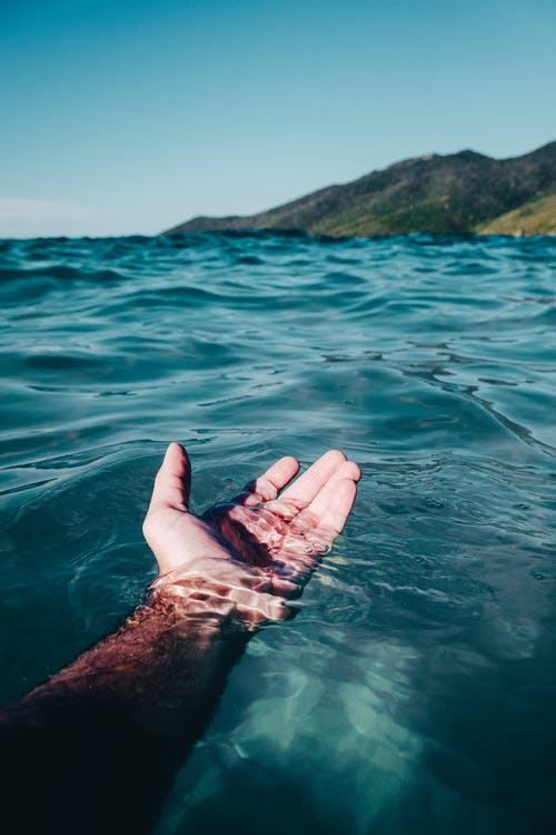 moře ruka
